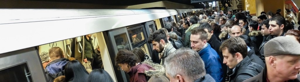 subway_crowd
